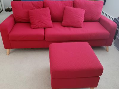Couch with matching Ottoman and 2 throw pillows