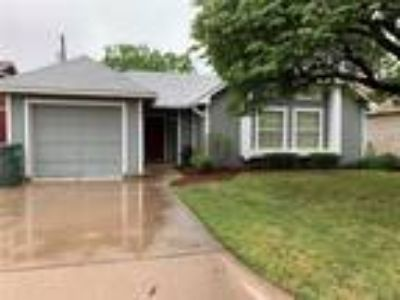 Abilene Real Estate Home for Sale. $119,900 3bd/Two BA. - Amy Quintana of