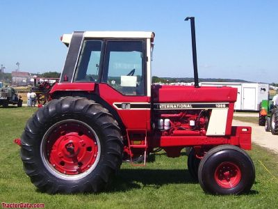 International 1086 Harvester for sale in Cortland, NY.