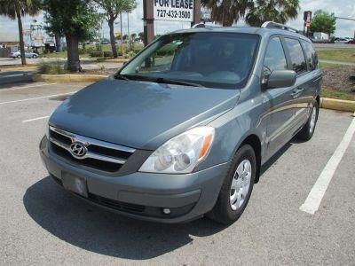 2007 Hyundai Entourage GLS ()