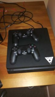 Ps4 1tb with 2 controllers and bo4