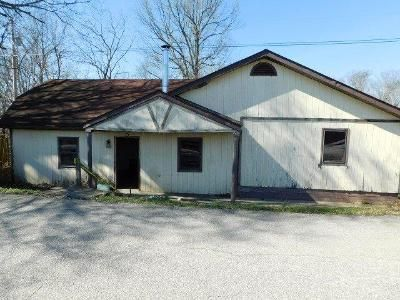 4 Bed 2 Bath Foreclosure Property in Lawrenceburg, KY 40342 - Corinth Rd