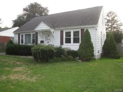 3 Bed 2 Bath Foreclosure Property in Liverpool, NY 13088 - 4th St