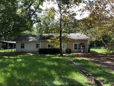 4 Bed 1.5 Bath Preforeclosure Property in Newberry, FL 32669 - SW 252nd Ter