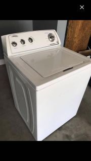 ISO WASHER FORNT OR TOP LOAD