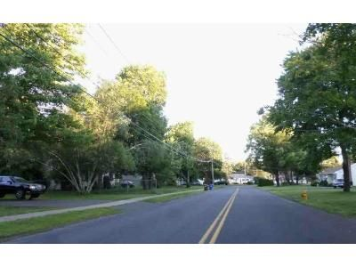 4 Bed 1.5 Bath Foreclosure Property in Southington, CT 06489 - Sun Valley Dr