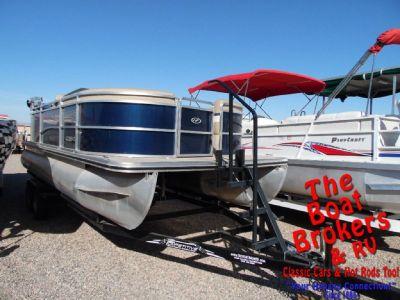 2013 Harris Cruzer 200 22′ Pontoon boat