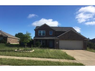 3 Bed 2 Bath Preforeclosure Property in Wylie, TX 75098 - Hill View Trl