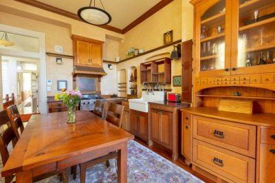 $9000 2 single-family home in Haight-Ashbury
