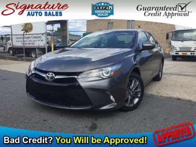 2017 Toyota Camry SE Automatic (Natl) (Cosmic Gray Mica)
