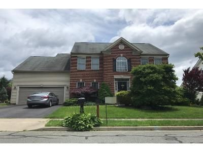 4 Bed 2.5 Bath Preforeclosure Property in Macungie, PA 18062 - Yorkshire Dr