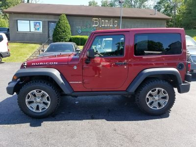 2013 Jeep Wrangler Rubicon (Deep Cherry Red Crystal Pearlcoat)