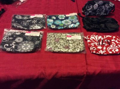 Thirty One zippered pouches