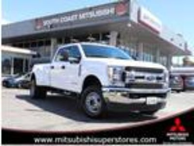 Used 2019 Ford Super Duty F-350 DRW WHITE, 14.8K miles