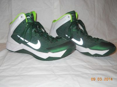NIKE ZOOM HYPERQUICKNESS size 7.5
