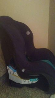 blue and black car seat