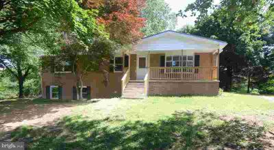 19812 Norstar Ln KNOXVILLE Three BR, COUNTRY ROAD, TAKE ME HOME!