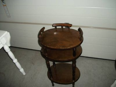 ANTIQUE OCCASIONAL TABLE ALL WOOD