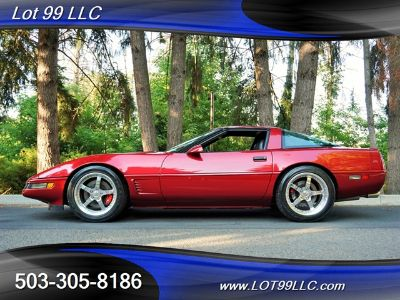 1995 Chevrolet Corvette Base (Torch Red)