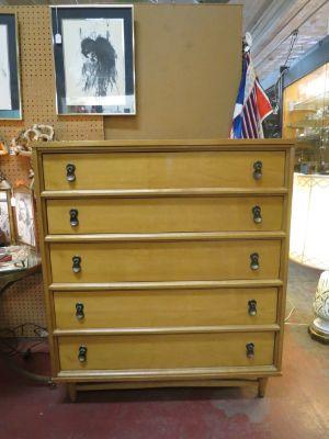 Vintage Mid century modern Maple chest of drawers