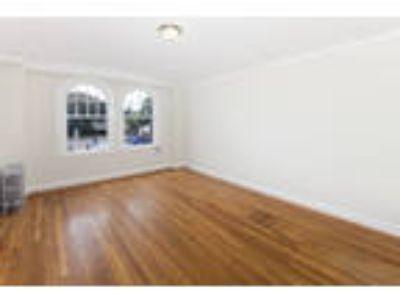 1290 20TH AVENUE Apartments - 1 Studio One BA Apartment