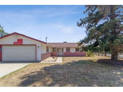 3 Bed 2.5 Bath Foreclosure Property in Tulare, CA 93274 - Carleton Ave