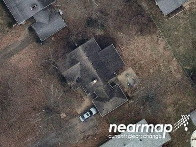 Preforeclosure Property in Louisville, KY 40207 - S Hubbards Ln