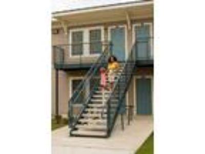 2 Oaks Apartments - Floor Plan 1