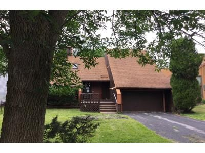 3 Bed 2 Bath Preforeclosure Property in East Amherst, NY 14051 - Brockmoore Dr