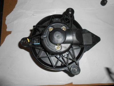 Find 01 02 03 04 05 06 STRATUS BLOWER MOTOR Sedan Sebring motorcycle in Fort Atkinson, Wisconsin, US, for US $25.00