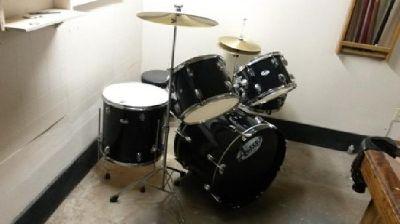 Full Size Astro Drum Set Black