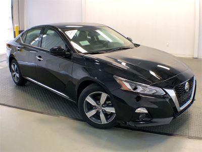2019 Nissan Altima (Super Black)