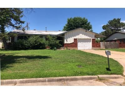 3 Bed 1.5 Bath Preforeclosure Property in Lawton, OK 73505 - NW 43rd St