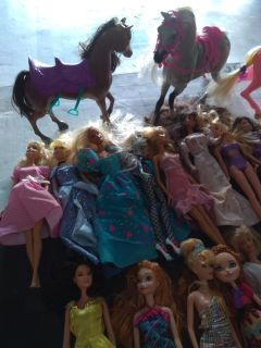 The prices for all the dolls in a 3 horses