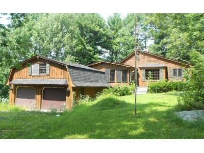 3 Bed 1.5 Bath Foreclosure Property in Westfield, MA 01085 - New State Rd