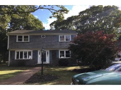 4 Bed 2 Bath Preforeclosure Property in Harwich, MA 02645 - Popple Grove Rd