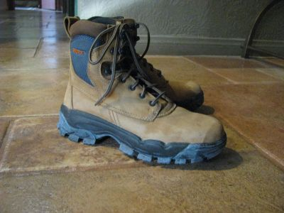 Woman's Suede Worx Boots by Redwing, Size 8.5M, Steel Toe, Like new!