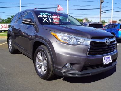 2015 Toyota Highlander XLE (Gray)
