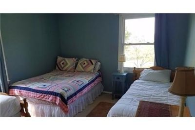 3 bedroom 2 full bath furnished and also linens.