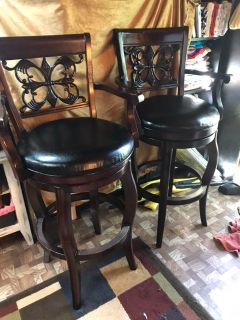 Set of solid wood bar stools