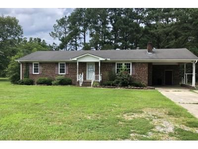 3 Bed 2 Bath Preforeclosure Property in Greenville, NC 27834 - Stantonsburg Rd
