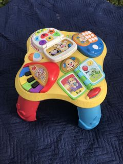 Kids laugh and learn play table