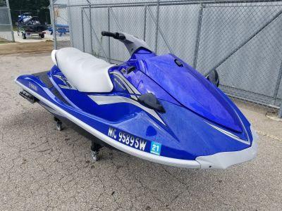 2006 Yamaha VX 110 Deluxe 3 Person Watercraft Coloma, MI