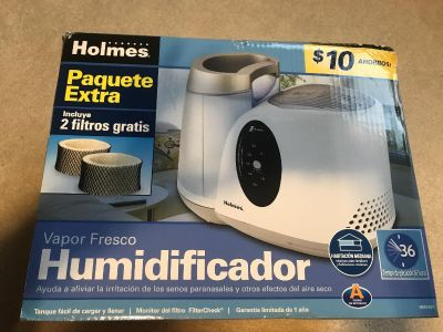 Brand new in box humidifier with two filters