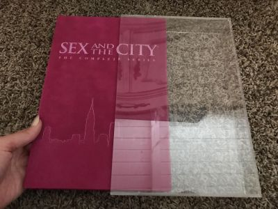 SEX IN THE CITY COMPLETE HBO SERIES 20 DVDs SET! STILL IN EXCELLENT CONDITION! VELVET CASE WITH BOX!