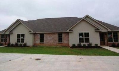 $1,600, 3br, New House For Single Family, very Conducive Beautiful . A MUST SEE