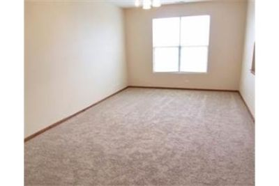 Beautiful three bedroom townhouse for rent 2018.