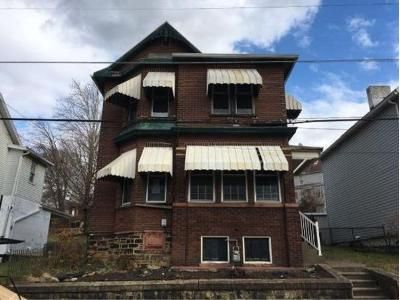 4 Bed 2 Bath Foreclosure Property in Connellsville, PA 15425 - N Jefferson St