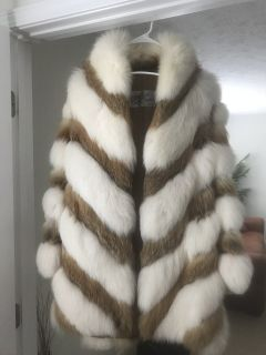 Women s 2 toned fur stroller PERFECT condition