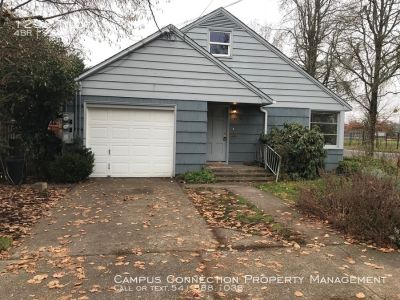 West Eugene 4 bed/2 bath with garage and tons of storage - available now!